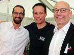 Julien Mossu, Frédéric Torche e Ralf Käser (André Koch AG): «Non siamo presenti nei garage; qui, però, possiamo colmare questa lacuna.»