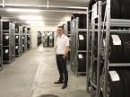 Il deposito ospita circa 4000 tra pneumatici e ruote.